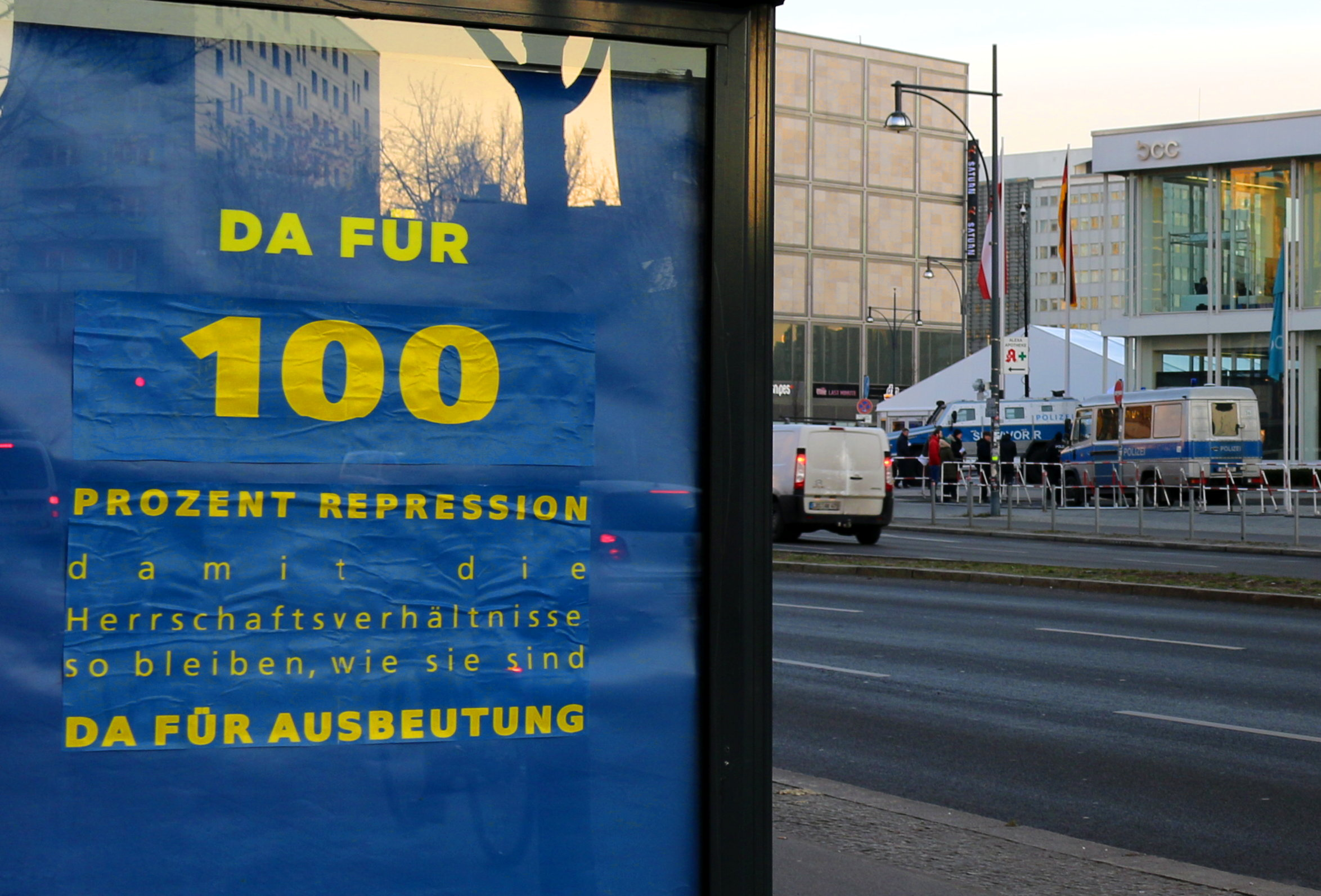 B Polizeikongress Protest Mit Adbusting Am Alex Deindymediaorg