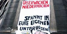 Anti-Überwachungs-Transparent in der Simildenstraße.