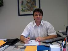 PegidaNRW-Akteur Tilo Reinhold im Büro