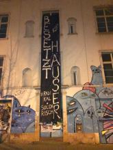 Besetzt Häuser Transparent