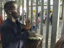 """Video über die Karawanetour 1998: """"Das Boot ist voll und ganz gegen Rassismus"""""""