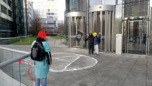 Fette Lines aus Pulver vor RWE Tower