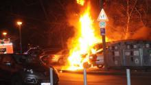 brennender wisag transporter