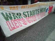 Transparent gegen Rheinmetall am 18.03.2019 vor dem Amtsgericht Berlin